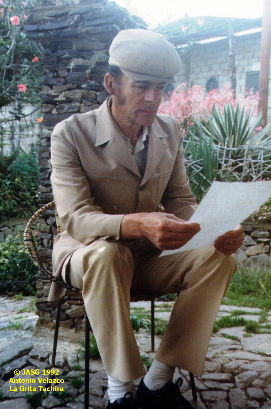 ANTONIO VELZACO 1992